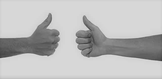 Begleitete Onlinekurse sind wie bestärkende Hände.